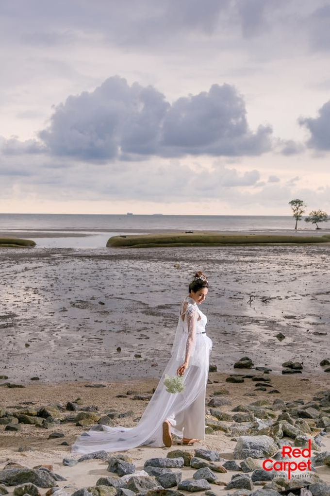 Outdoor Pre Wedding Photo Shoot by RedCarpet Bridal Artistry - 001
