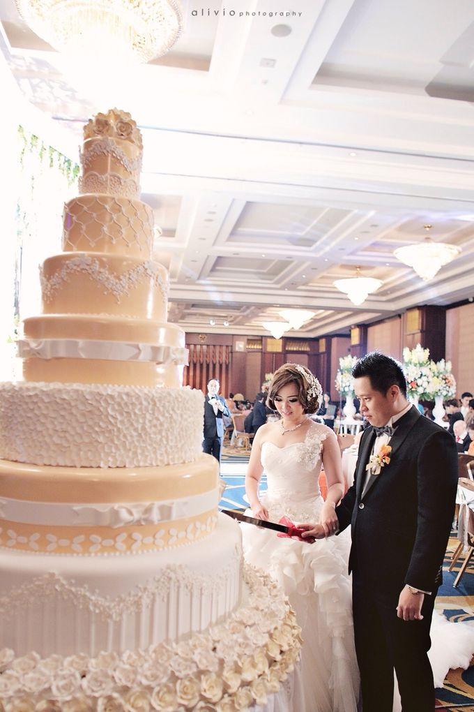 Hendra + natalie   wedding by alivio photography - 016