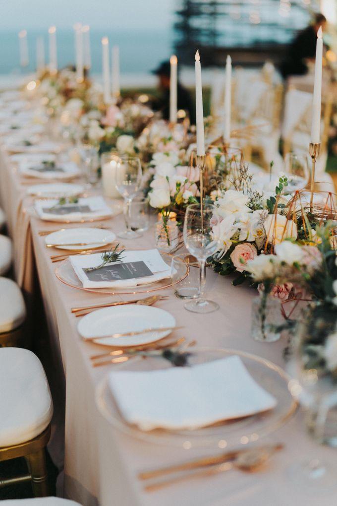 Romantic-Modern Wedding at Alila Uluwatu by Silverdust Decoration - 010