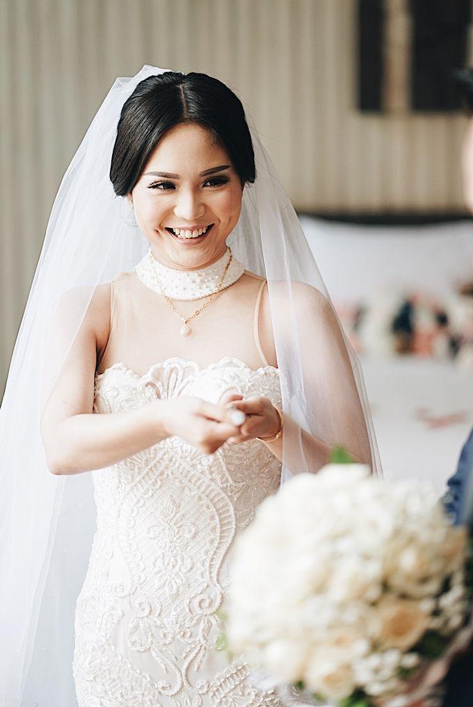 Aldi & Windy Wedding Day by Écru Pictures - 013