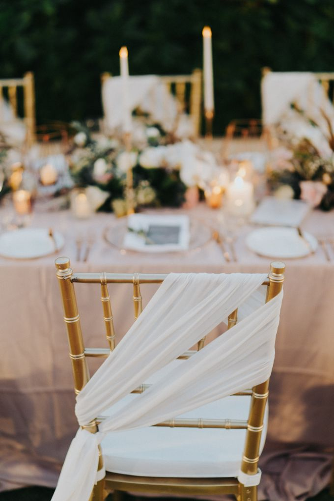 Romantic Modern Wedding at Alila Uluwatu Bali by Silverdust Decoration - 015
