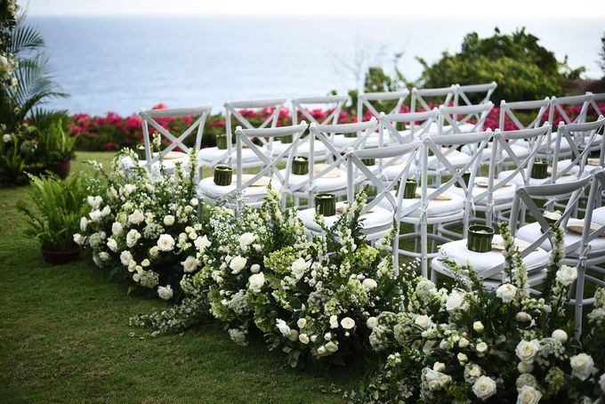 CA & Sebastian Wedding by THE UNGASAN CLIFFTOP RESORT BALI - 013