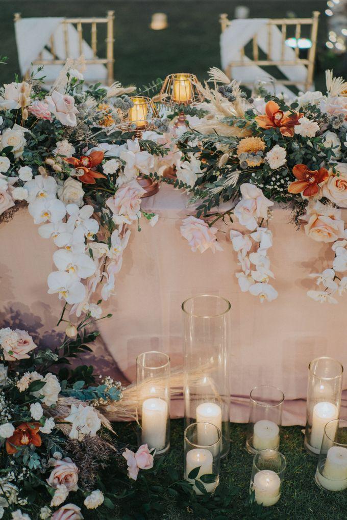 Romantic-Modern Wedding at Alila Uluwatu by Silverdust Decoration - 014
