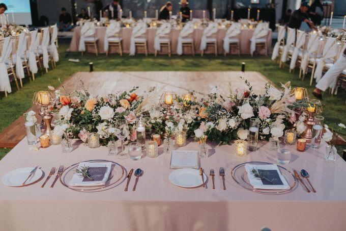 Romantic-Modern Wedding at Alila Uluwatu by Silverdust Decoration - 017