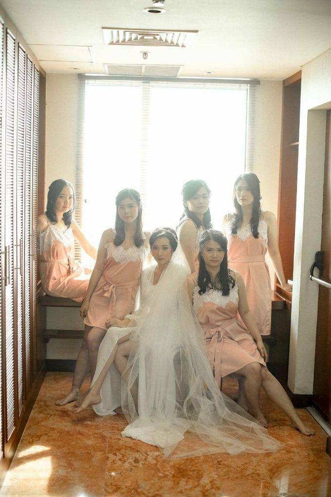 BRIDESMAID DRESS INFINITY DRESS by Infibrides ID - 001