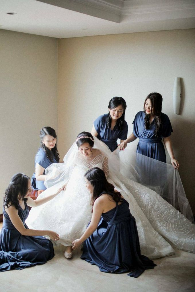 BRIDESMAID DRESS INFINITY DRESS by Infibrides ID - 002