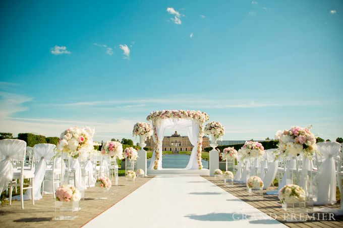Wedding in the Konstantinovsky Palace by Grand Premier - 017