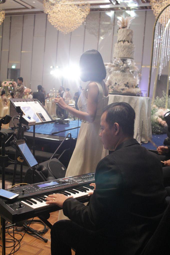 Double V Entertainment Wedding - Entertainemnt Jazz  Jakarta by Anthony Stevven - 003