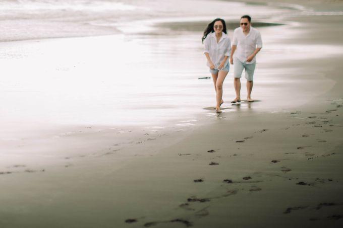 PRE - WEDDING DANIEL & KARINA BY HENOKH WIRANEGARA by All Seasons Photo - 026