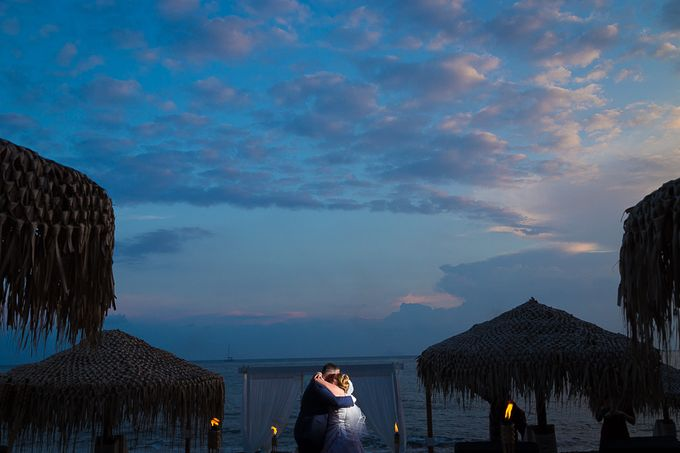 Beach wedding in Santorini by Red Knot Weddings & Events - 035