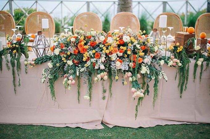 Khayangan Estate - Citrus Inspired Reception by Flora Botanica Designs - 026