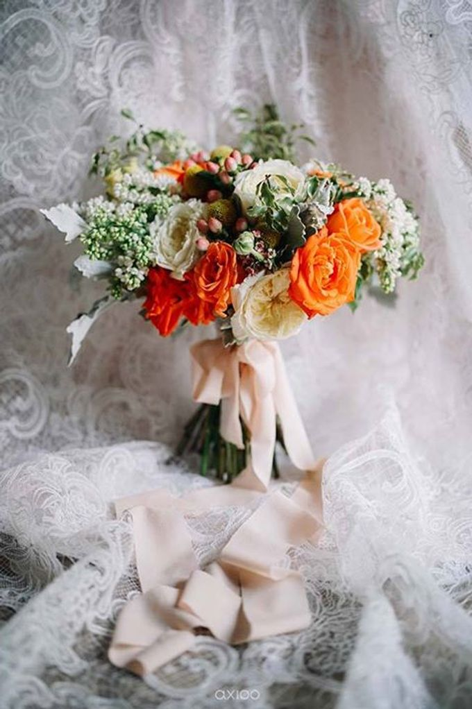 Khayangan Estate - Citrus Inspired Reception by Flora Botanica Designs - 004