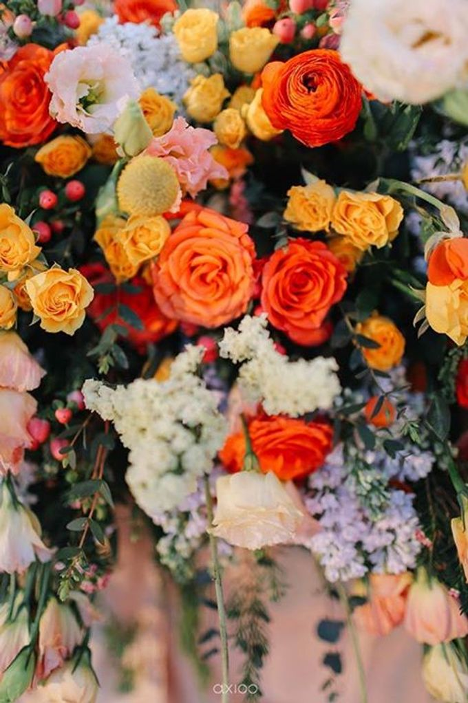 Khayangan Estate - Citrus Inspired Reception by Flora Botanica Designs - 047