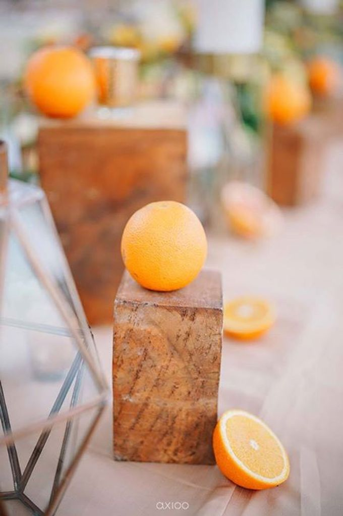 Khayangan Estate - Citrus Inspired Reception by Flora Botanica Designs - 037