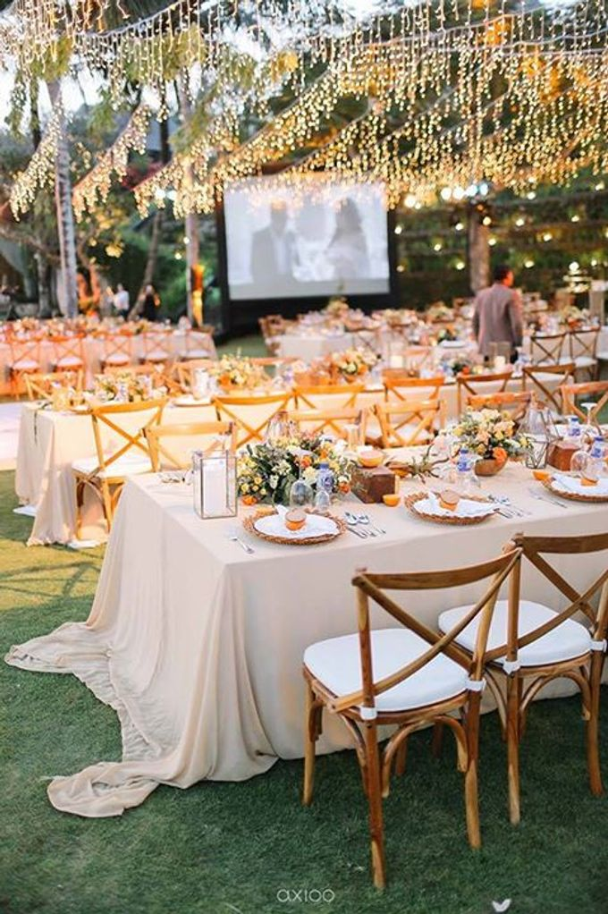 Khayangan Estate - Citrus Inspired Reception by Flora Botanica Designs - 050