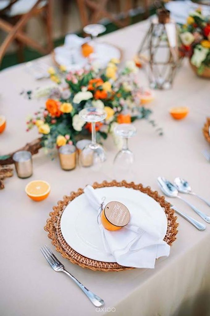 Khayangan Estate - Citrus Inspired Reception by Flora Botanica Designs - 015