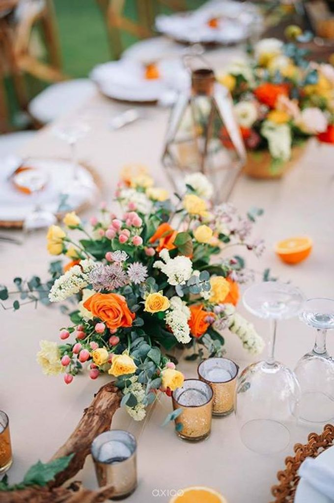 Khayangan Estate - Citrus Inspired Reception by Flora Botanica Designs - 016
