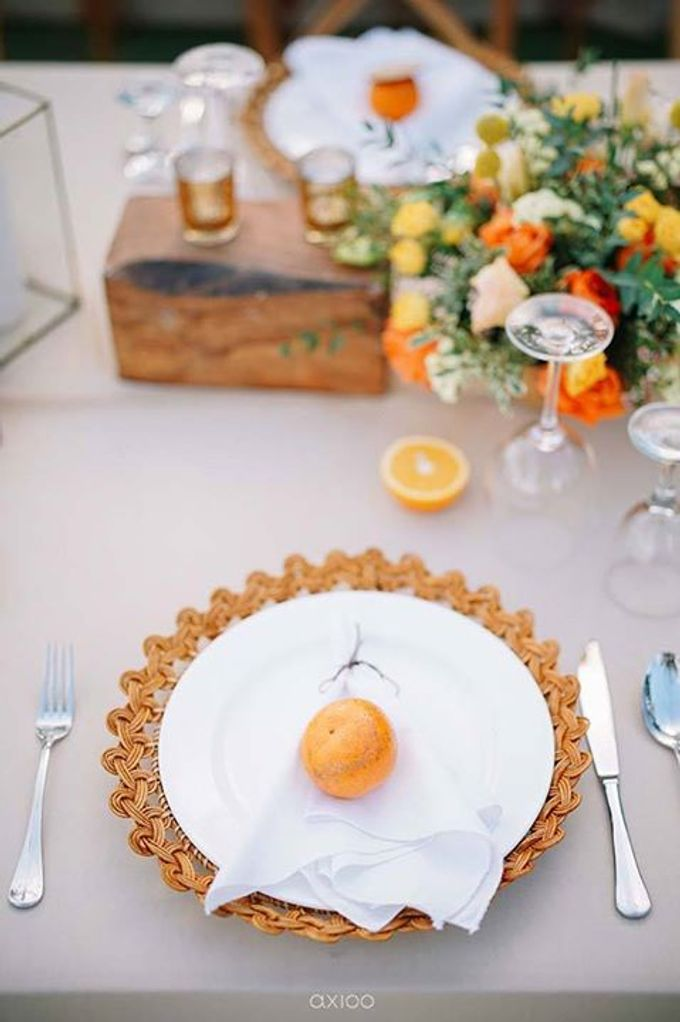 Khayangan Estate - Citrus Inspired Reception by Flora Botanica Designs - 023