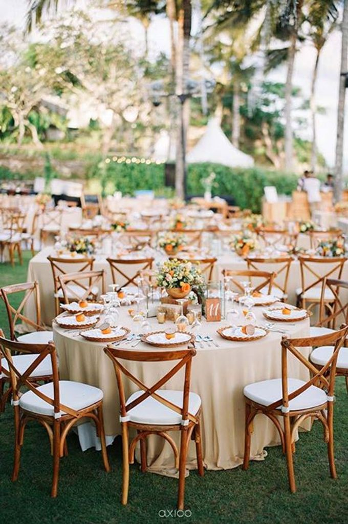 Khayangan Estate - Citrus Inspired Reception by Flora Botanica Designs - 013