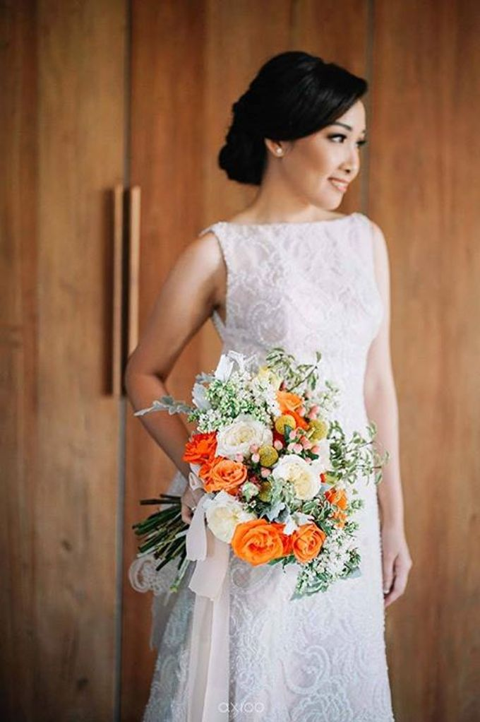 Khayangan Estate - Citrus Inspired Reception by Flora Botanica Designs - 006