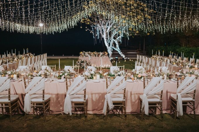 Romantic Modern Wedding at Alila Uluwatu Bali by Silverdust Decoration - 025