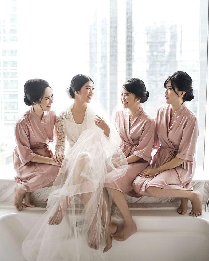 Ritz Carlton - Edsel & Velin by Maestro Wedding Organizer - 020