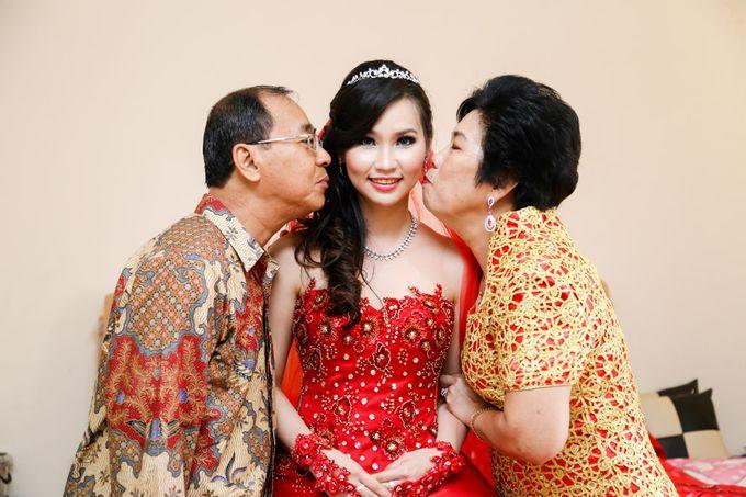 THE WEDDING OF WIDY & YENTY / 09.01.15 & 18.01.15 / SUNCITY BALLROOM, HAYAM WURUK, JAKARTA by AS2 Wedding Organizer - 006