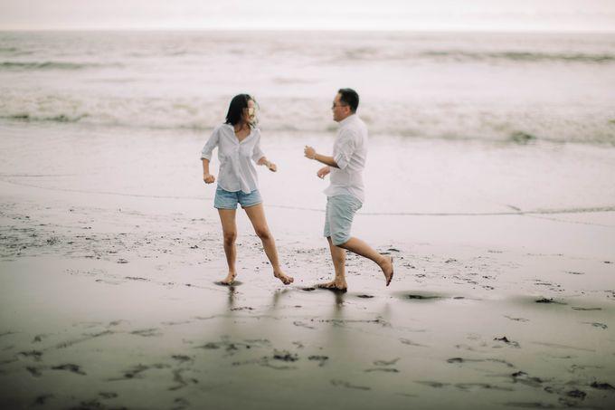 PRE - WEDDING DANIEL & KARINA BY HENOKH WIRANEGARA by All Seasons Photo - 027