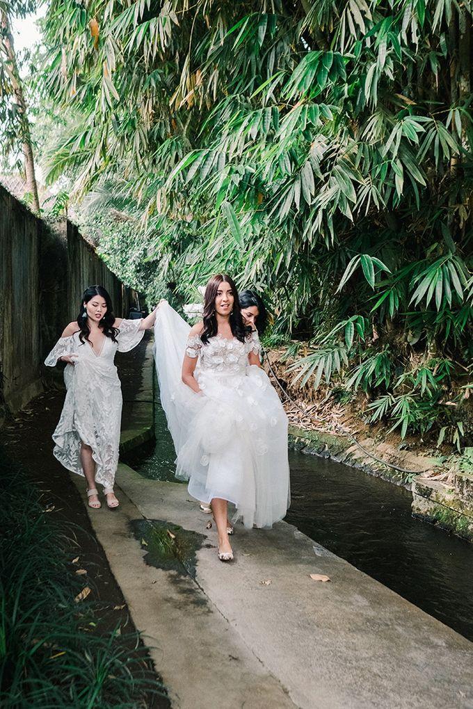 Real Wedding featured in Wedding Magazine Style me Pretty by Hari Indah Wedding Planning & Design - 003