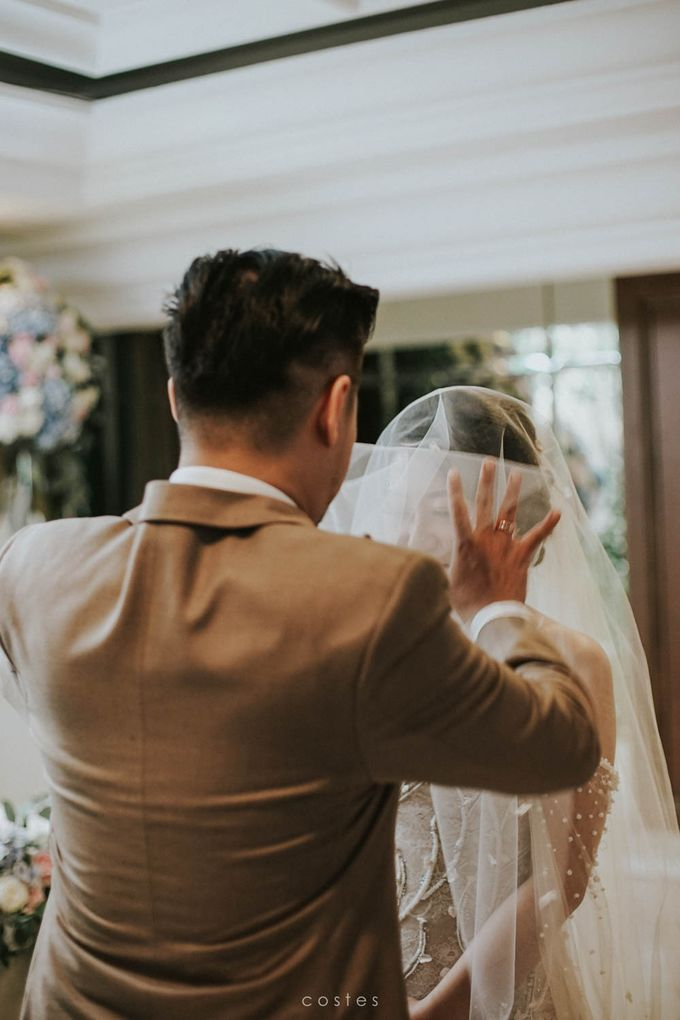 The Wedding of Carin & Stephen by Costes Portrait - 025