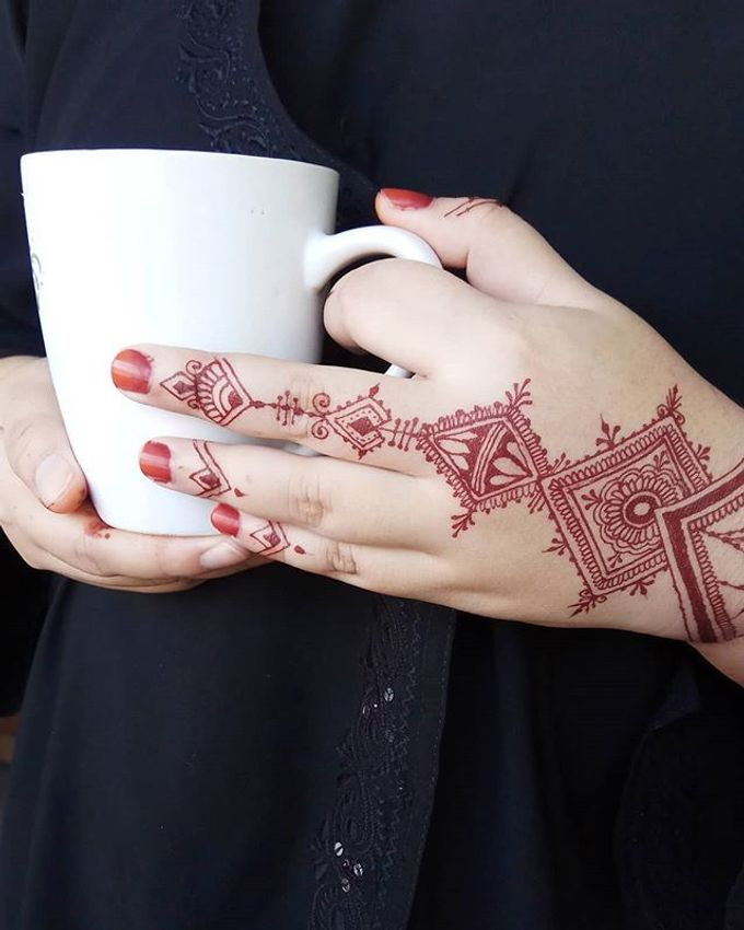 Ethnic Red Henna by Meby Henna Art - 029
