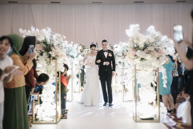 The Wedding of Tony and Luna by Fleur de Lis - 004