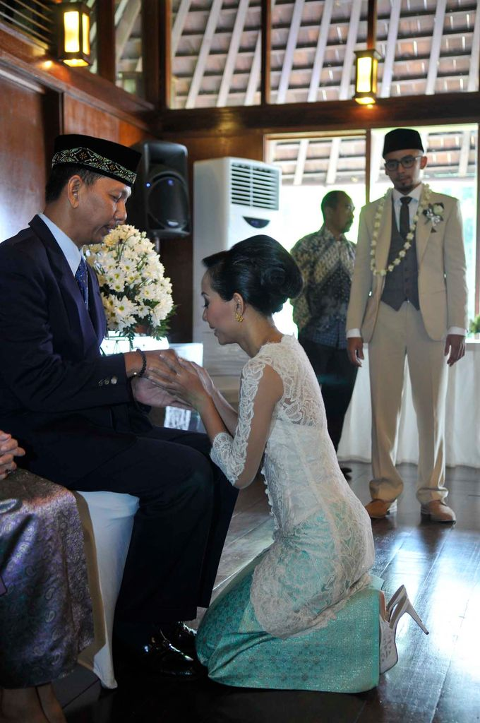 Indri & Aryo | Wedding by Kotak Imaji - 035