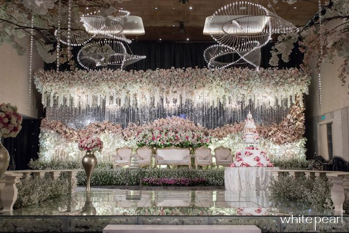 Double Tree by Hilton  2018 07 15 by White Pearl Decoration - 001