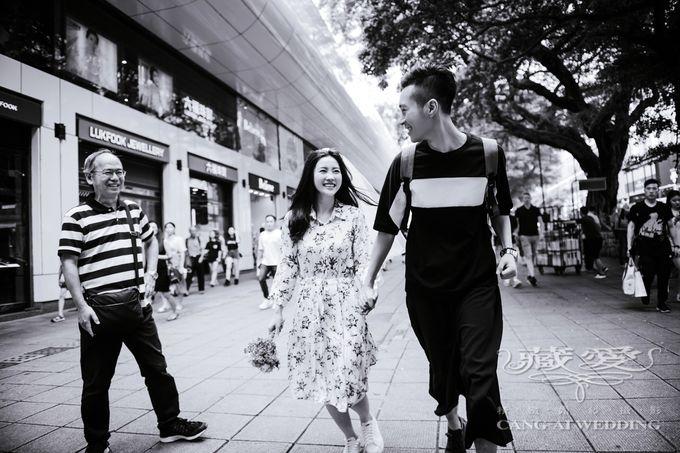 Bustling Street of Hong Kong by Cang Ai Wedding - 019