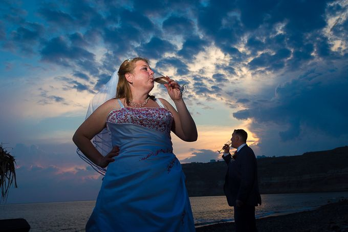 Beach wedding in Santorini by Red Knot Weddings & Events - 037