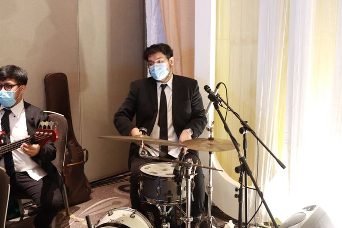 Lounge Jazz wedding band at Double Tree Jakarta by Double V Entertainment by Double V Entertainment - 041