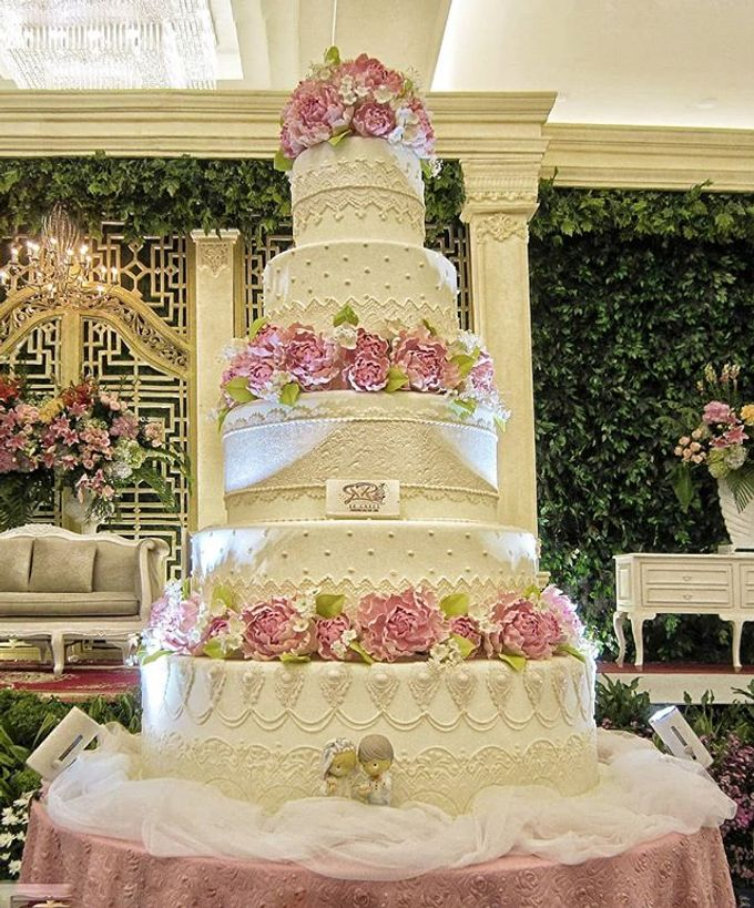 Wedding Cake Customize Design by RR CAKES - 019
