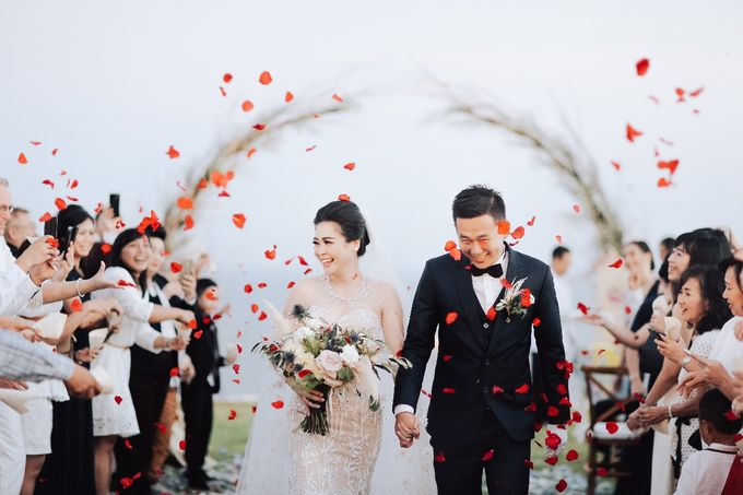 Nagisa Bali Wedding For Mr Sumitro & Mrs Elis by Nagisa Bali - 012