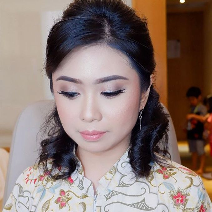Special Occasions Makeup 3 by Troy Makeup Artist - 043
