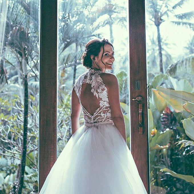 Airbush makeup by Bali Hair and Makeup  / Anja buerck - 013