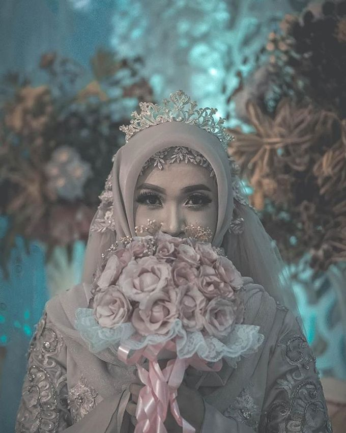 Post Wedding Story of Adinda and Reza by Khoironi Syifa - 002