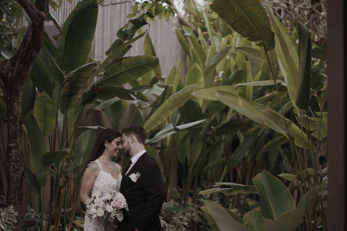 Mindy & Cameron Wedding at W Hotel Bali by AKSA Creative - 038