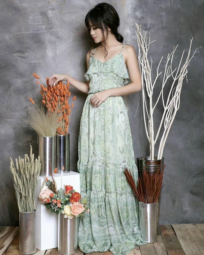 Custom Made Couture by Jolie Flowers - 001