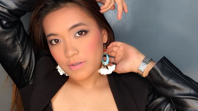 Cyrill Glam Look by Sheng Maquillage - 011