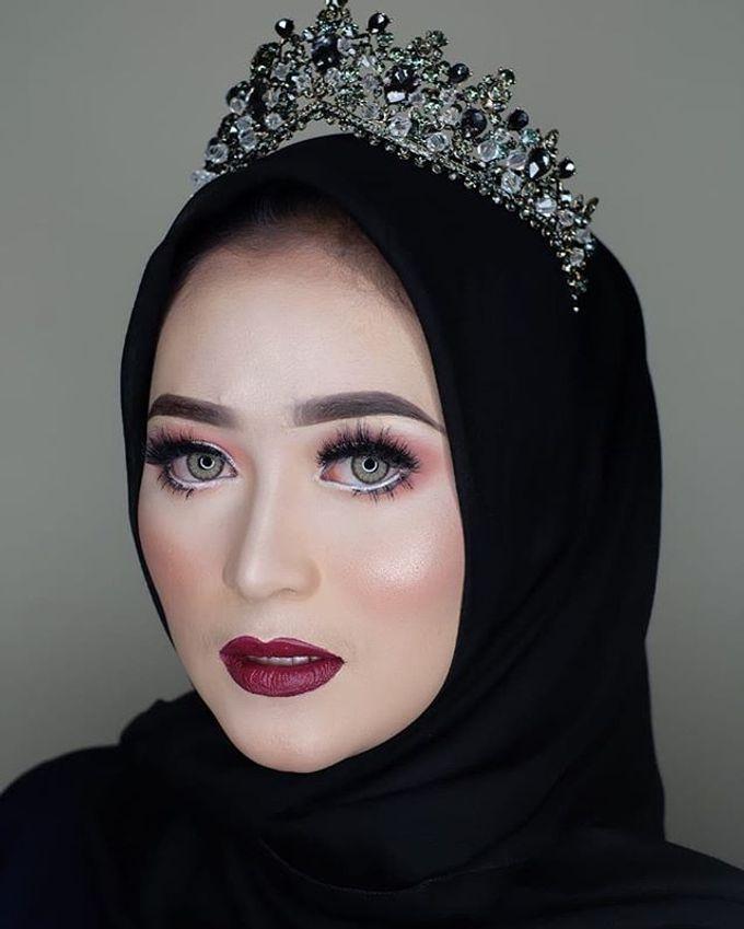 Make up by Owner Tri Lestari by Princessbridalgallery - 006