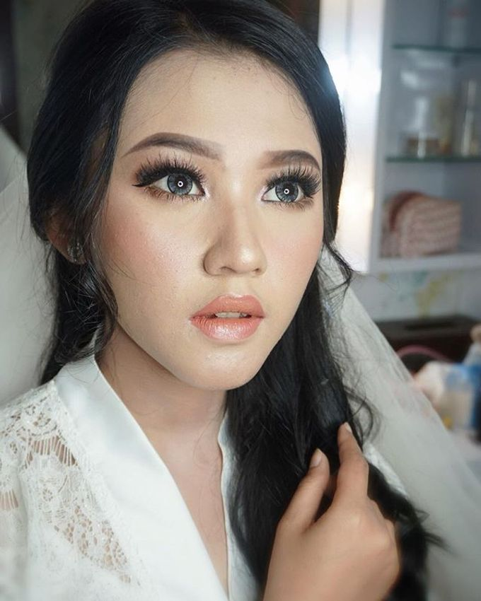 Wedding Make Up  by shabrinamakeup - 017