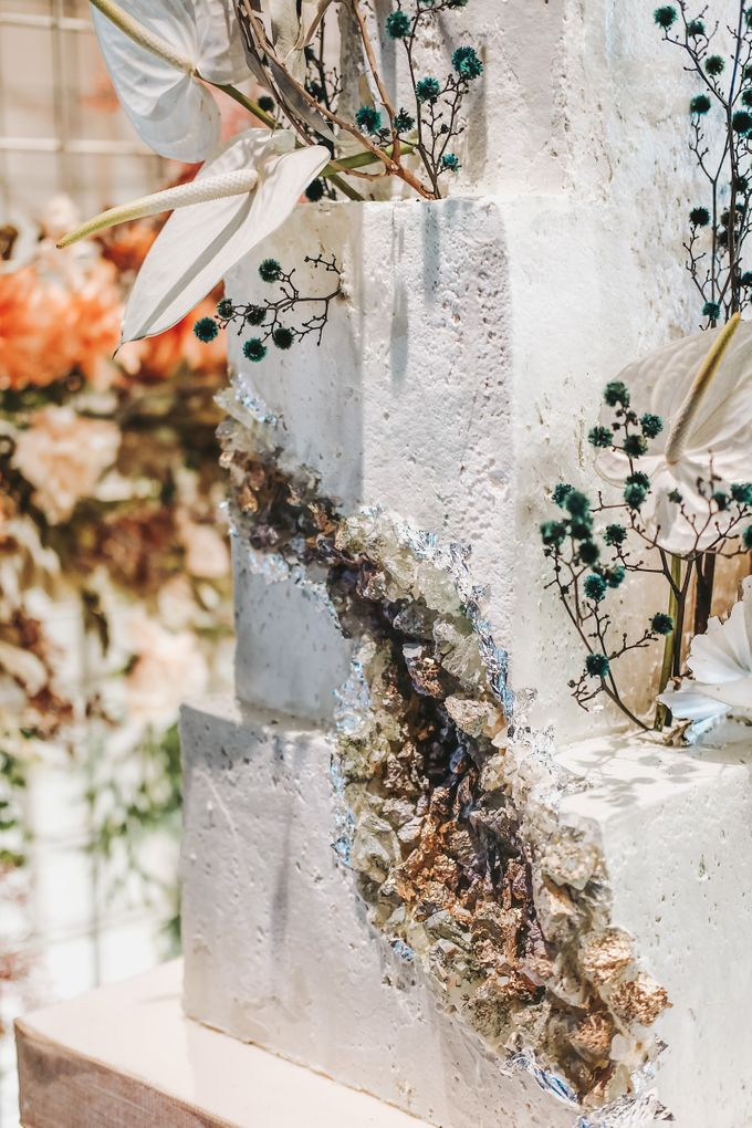 This Wedding is made intimate but not just that, every single details made personal to the bride and groom. In the midst of the pandemic, we understan by KAIA Cakes & Co. - 024