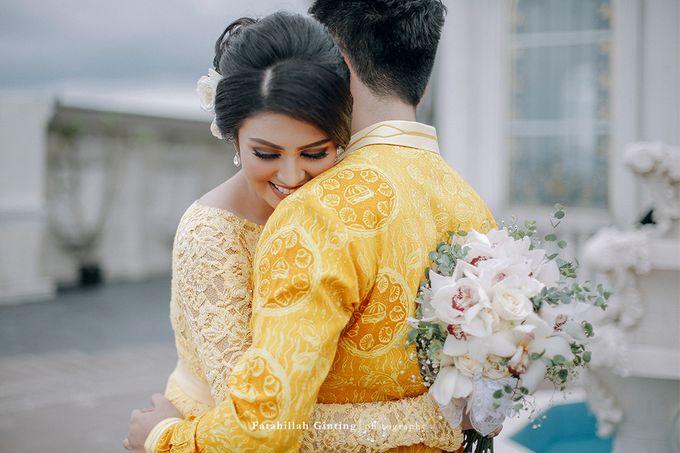 The Engagement of Ariska Putri Pertiwi & Tengku Ryan Novandi by Anaz Khairunnaz - 010