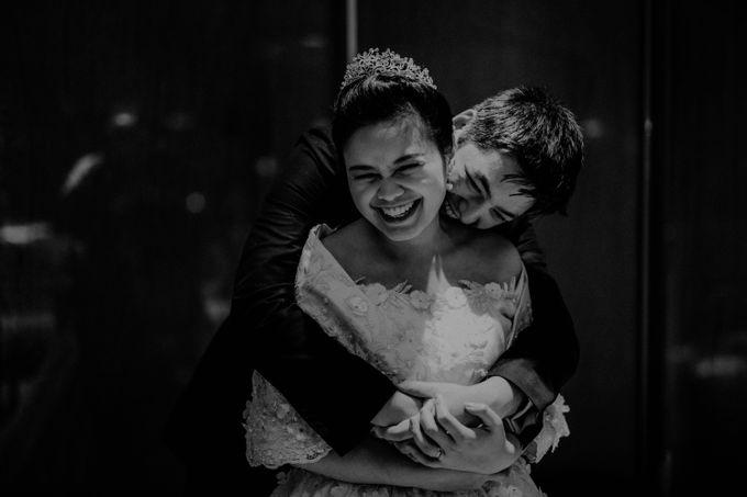 Nicole & Daniel Wedding at Menara Imperium by AKSA Creative - 036